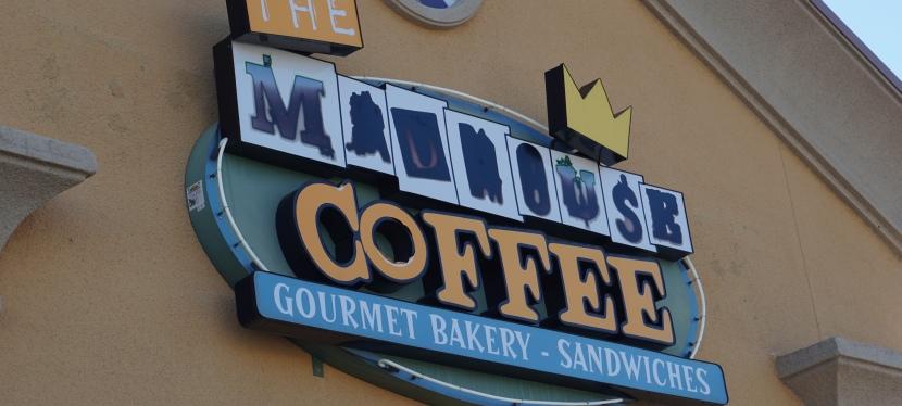 Café exótico, nos arredores do deserto de Las Vegas, vale avisita.